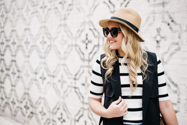 how to wear a panama hat in the summer outfit, striped tee shirt, black vest