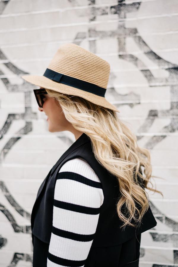 long blonde wavy curly hair highlights, panama hat