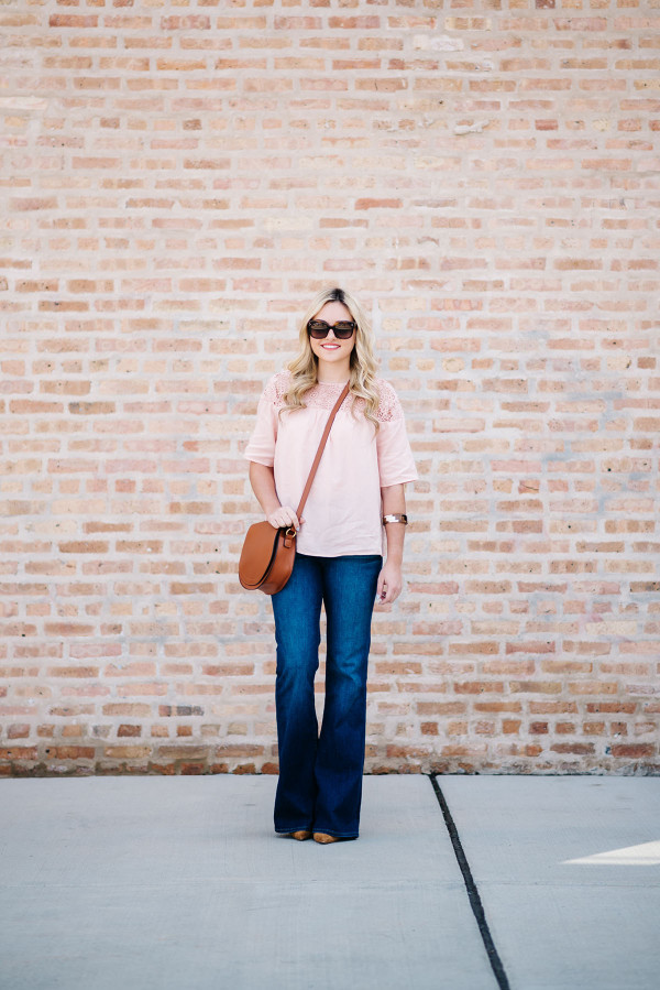 womens flared jeans outfits