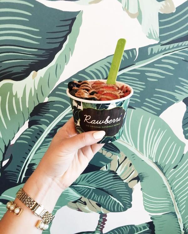 Palm print paradise and the yummiest acai bowl! jetsetjrs palmprinthellip