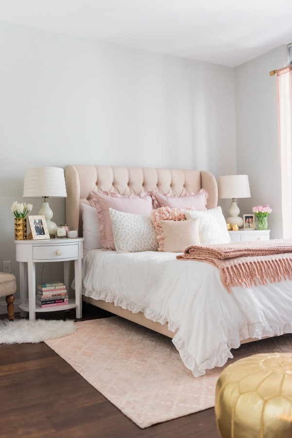 parisian bedroom. Blogger Jessica Sturdy of Bows  Sequins shares her Chicago Parisian chic bedroom design My Bedroom Chic Blush Pink bows sequins