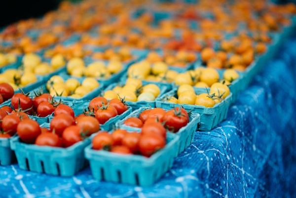 Tomatoes at Green City Market outdoor farmers market in Lincoln Park in Chicago.