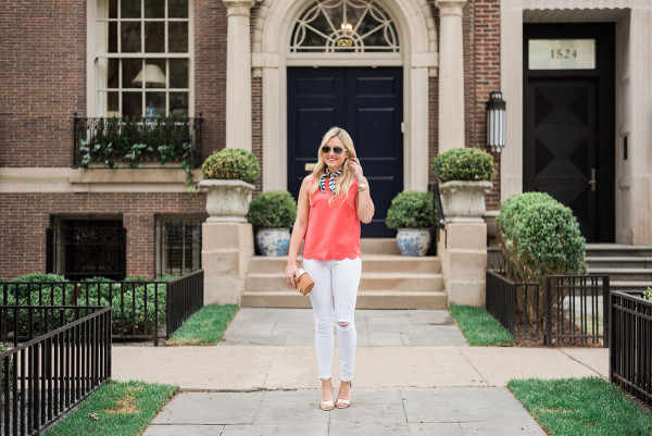 white jeans outfit spring summer