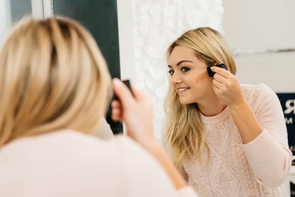 Bows & Sequins Beauty Review: Physicians Formula Contour Stick