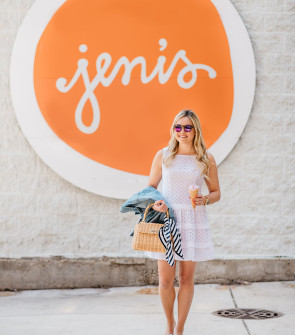 Bows & Sequins at Jeni's Ice Cream in Chicago on Southport Corridor. Jessica is wearing a Sail to Sable white eyelet dress, a denim jacket, a J.McLaughlin rattan handbag, Illesteva tortoise sunglasses with pink mirrored lenses, and J.Crew blue gingham bow-tied knotted slides.