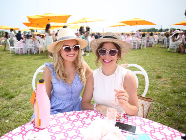lifestyle-bloggers-at-the-veuve-clicquot-polo-classic-in-new-york-city
