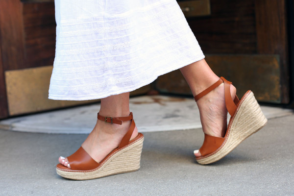 Bows & Sequins wearing the perfect summer sandal: Leather Espadrille Wedges with an Ankle Strap! A must for summer vacations.