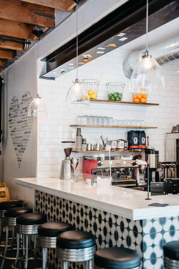 Left Coast Food in Chicago is one of @bowsandsequins' favorite spots for healthy eating and working remotely. They've got a great espresso bar!