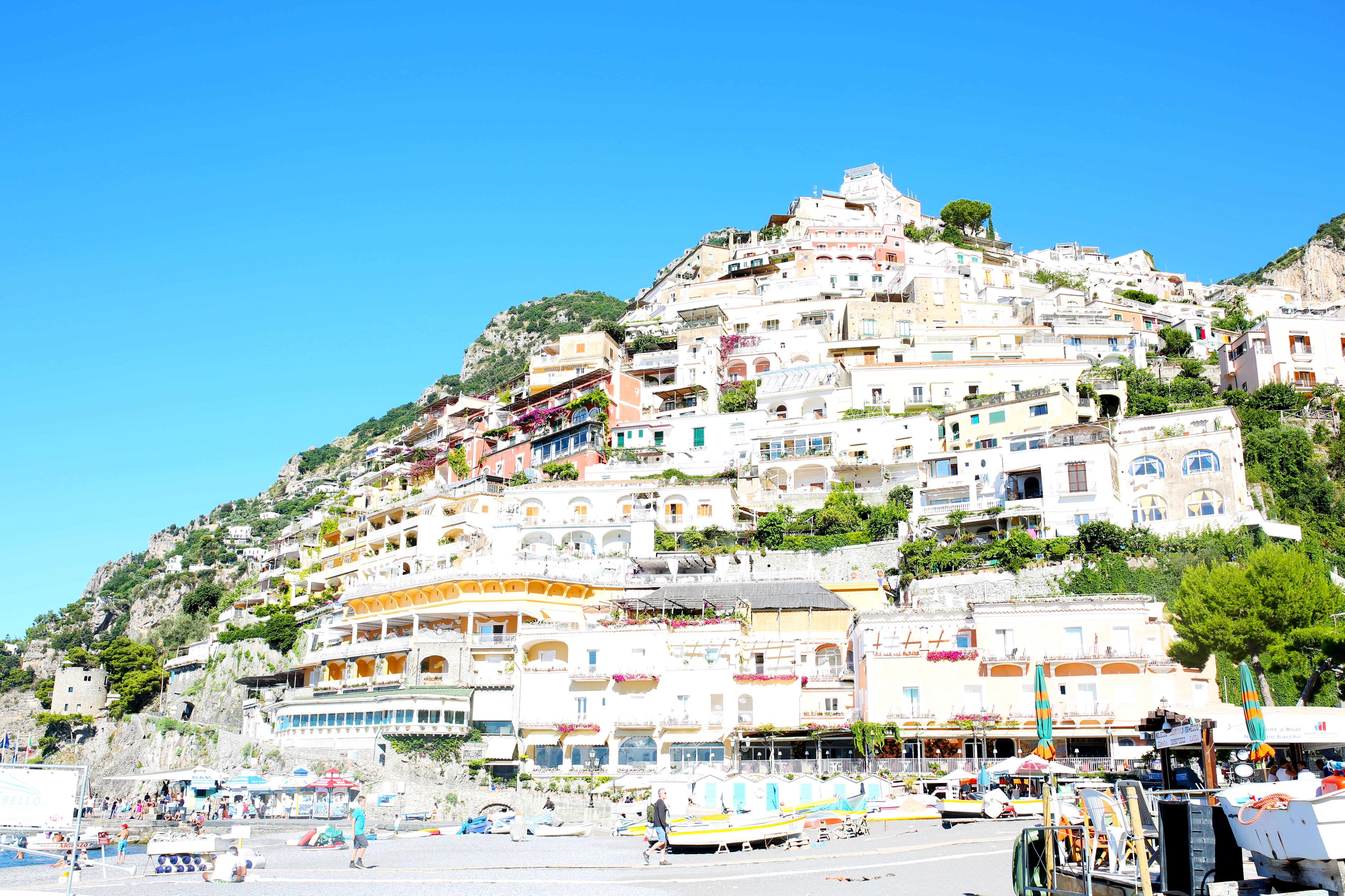 Travel guide amalfi coast positano ravello bows for Amalfi to positano