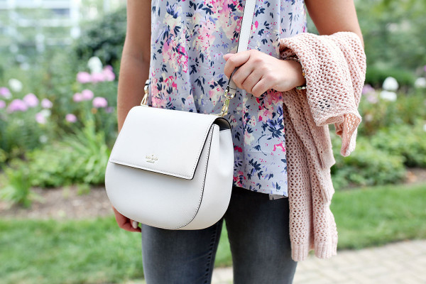 Bows & Sequins styling the Kate Spade Cameron Street Byrdie Bag.