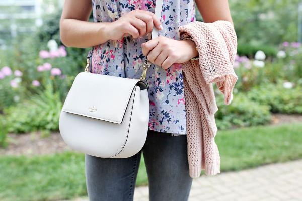 Bows & Sequins styling the Kate Spade Cameron Street Byrdie Bag.