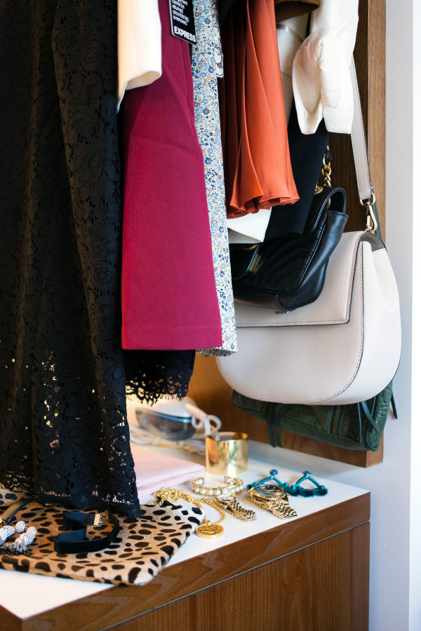 Bows & Sequins, a fashion and travel lifestyle blog, organizes her wardrobe while preparing for New York Fashion Week in NYC.