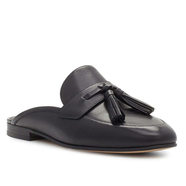 Must-Have Fall Trend: Slip-On Loafers // Leather Slides with a Tassel