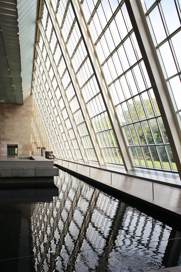 Inside the Met Museum on Manhattan's Upper East Side in NYC #EmptyMet Tour