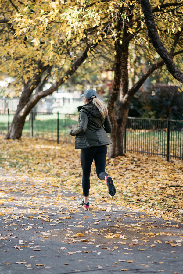 Bows & Sequins shares her tips for staying on track during the fall and holiday season!