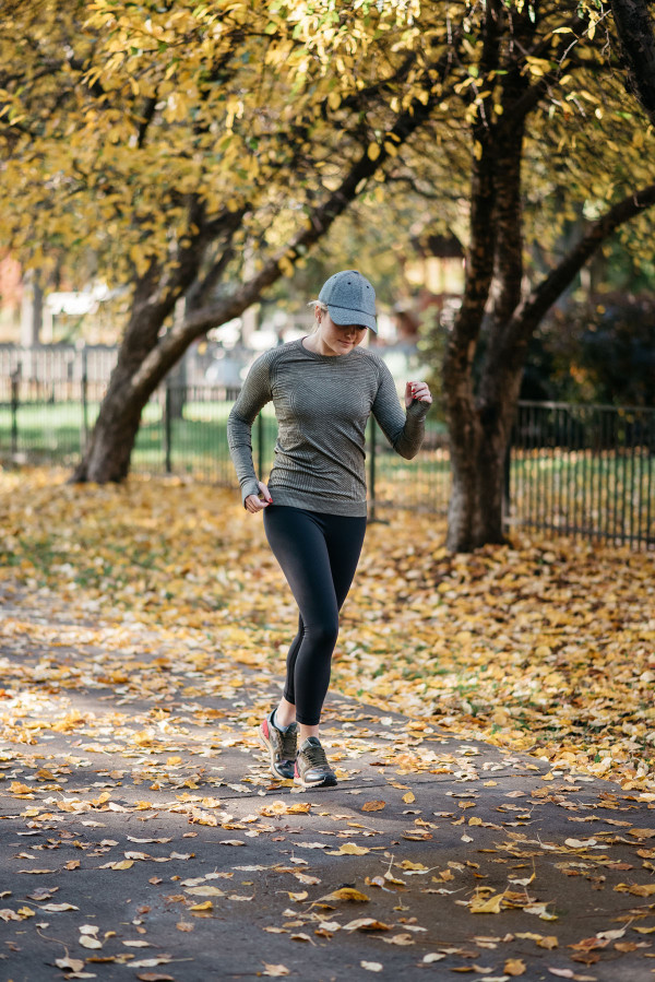 Bows & Sequins shares tips for staying fit and feeling healthy over the holiday season!