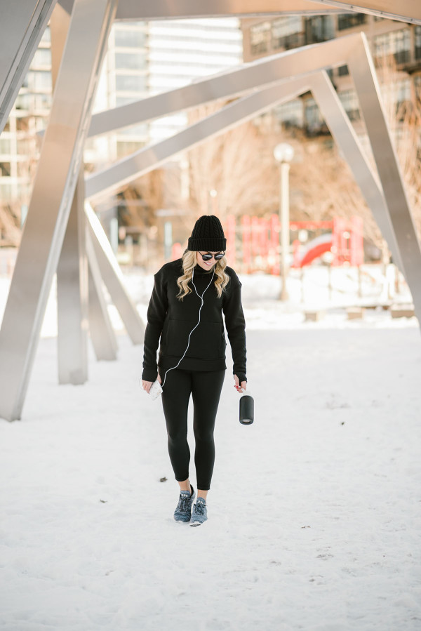 Bows & Sequins wearing lululemon cold-weather workout gear in Chicago.