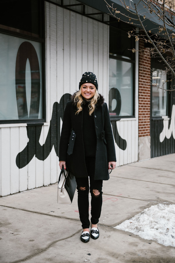 all-black-winter-outfit