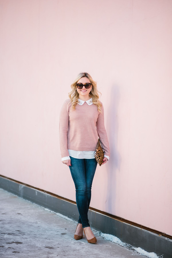 Bows & Sequins styling a blush pink sweater with Rag & Bone skinny jeans, Ivanka Trump suede pumps, and a Clare V leopard clutch.