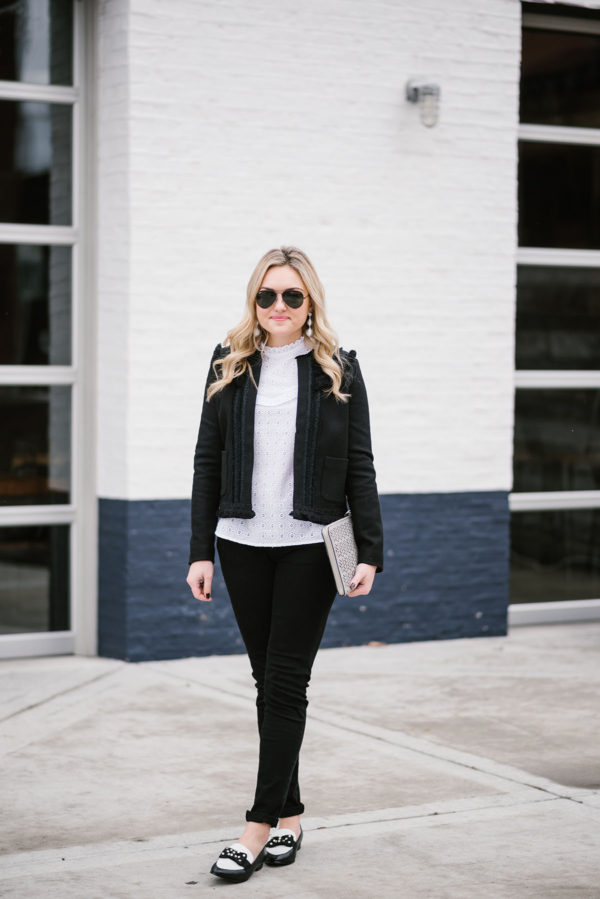 Bows & Sequins styling a casual black and white outfit from Sezane.