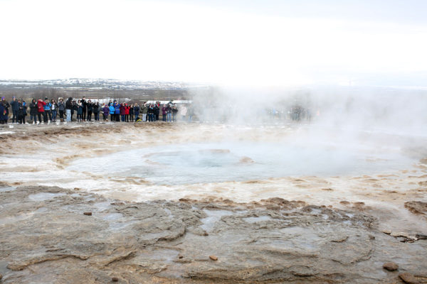 Bows & Sequins Iceland Travel Guide: Geysir Strokkur