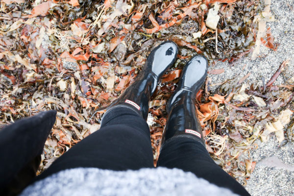 What to Pack for Iceland | bows & sequins travel guide
