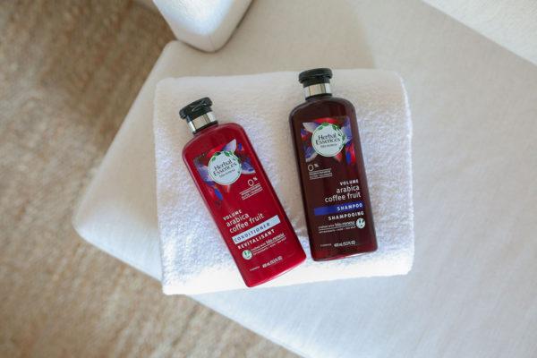 Bows & Sequins Beauty Review: Herbal Essences bio:renew Arabica Coffee Fruit Shampoo & Conditioner