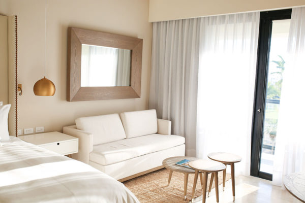 Bows & Sequins Hotel Review: Paradisus Los Cabos