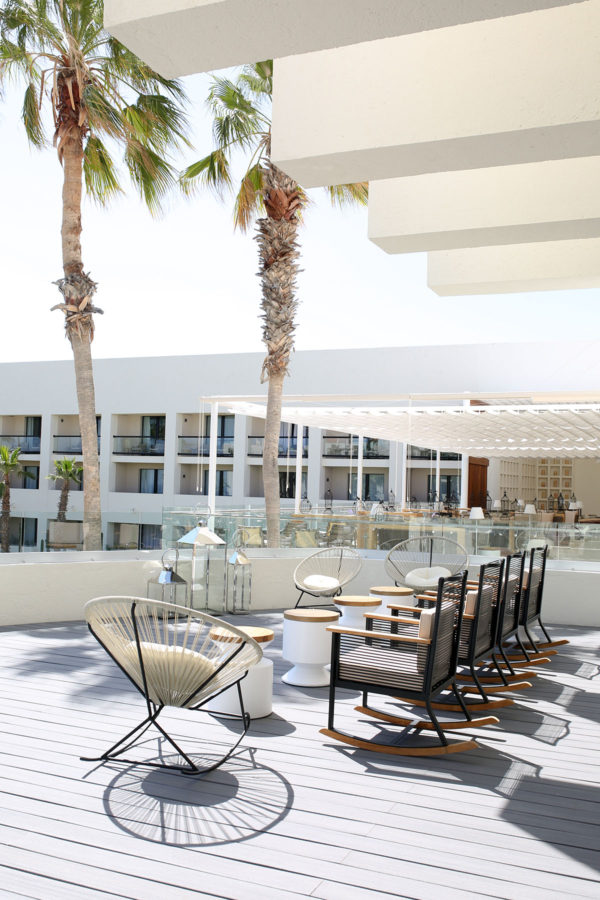 Bows & Sequins Hotel Review: Paradisus Los Cabos Trendy Decor