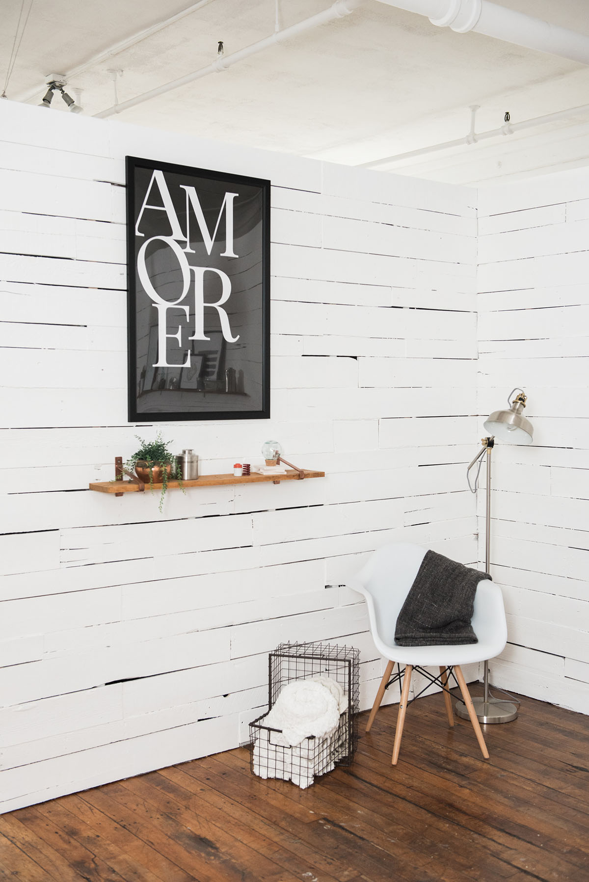 Amore Wall Art Print at Loft 505 in Chicago