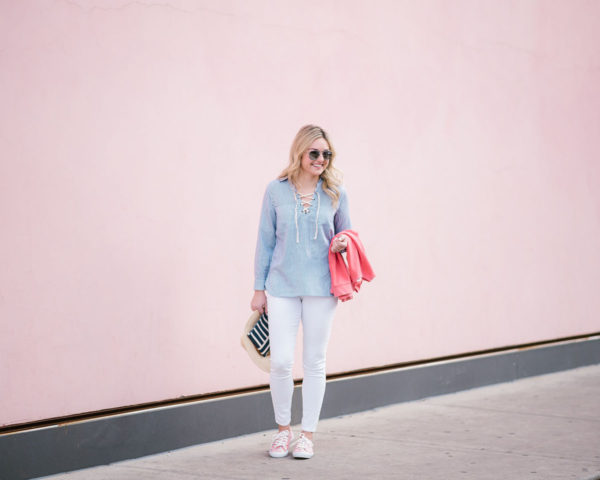 Bows & Sequins wearing white jeans for spring.