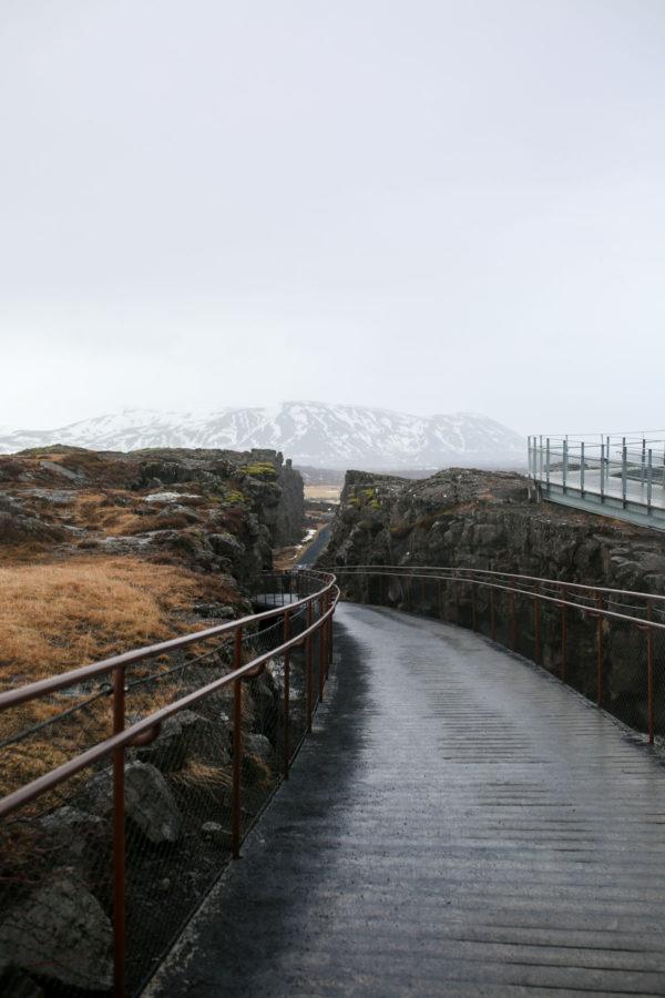 Bows & Sequins Iceland Travel Guide: Thingvellir National Park