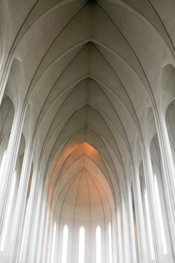 Bows & Sequins Iceland Travel Guide: Hallgrimskirkja Church