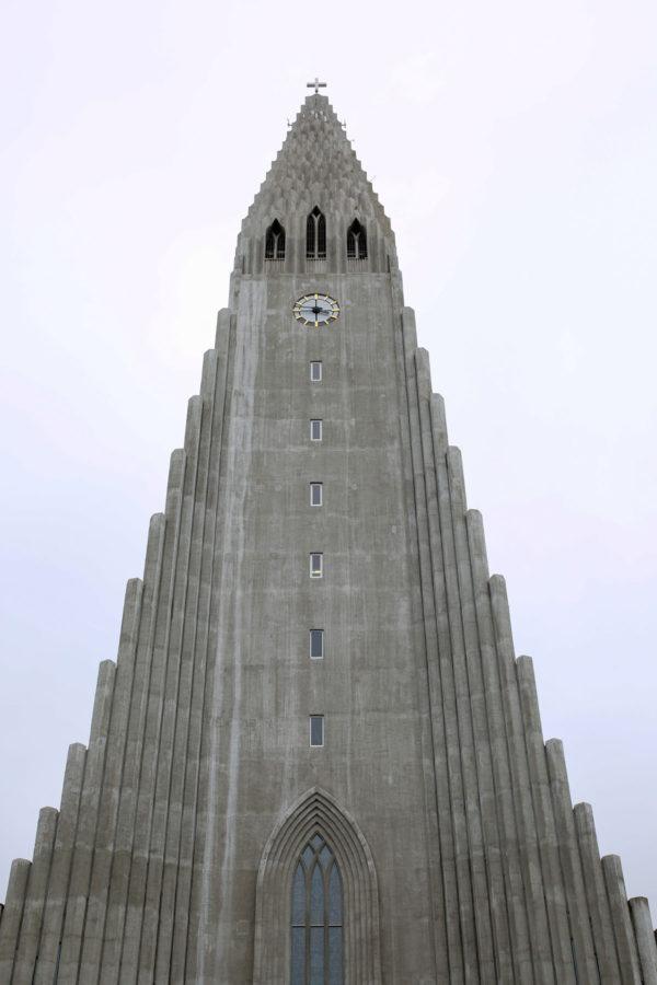 Bows & Sequins Iceland Travel Guide: Hallgrimskirkja Reykjavik
