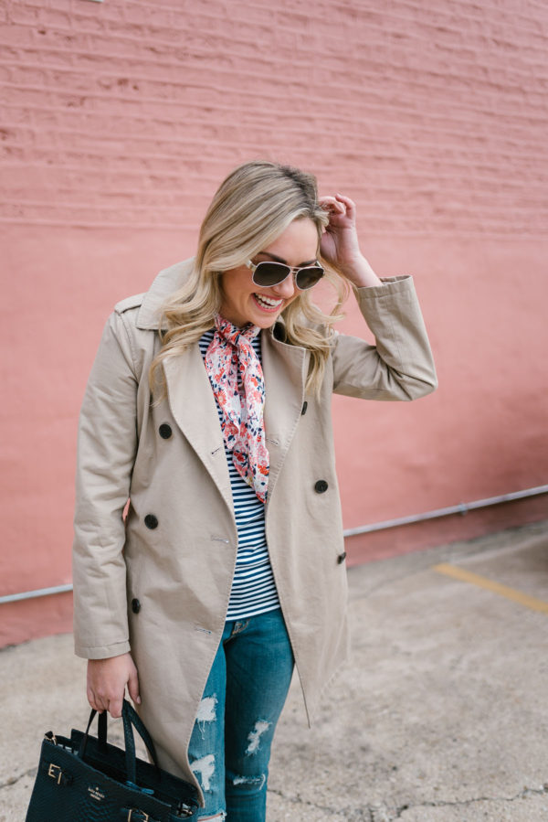 Chicago blogger Bows & Sequins wearing an Old Navy trench coat with a floral patterned neckerchief