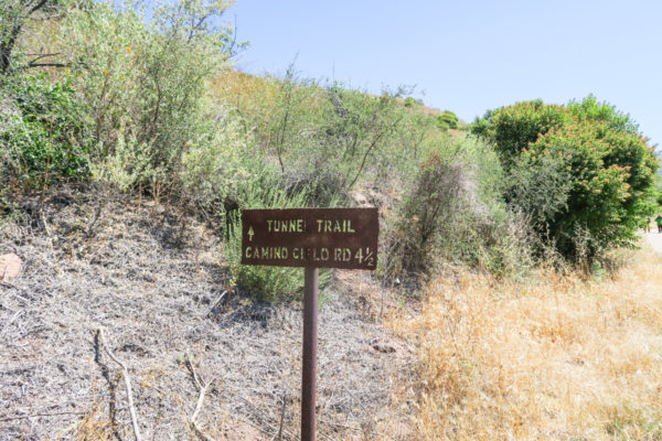 Bows & Sequins Santa Barbara Travel Guide: Tunnel Trail Hike