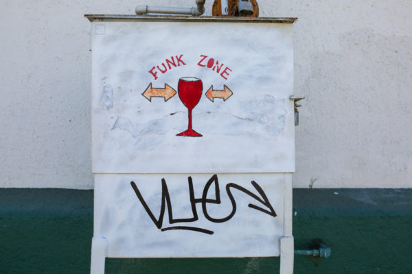 Bows & Sequins Santa Barbara Travel Guide: Funk Zone