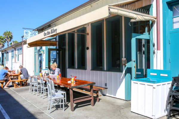 Bows & Sequins Santa Barbara Travel Guide: Breakfast Burritos at On the Alley