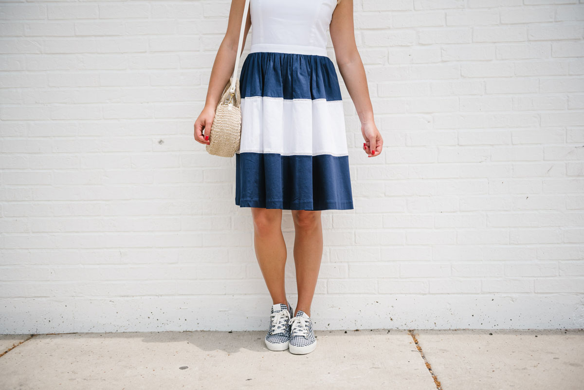 177f15bdbf Formal Dresses With Sneakers - Gomes Weine AG