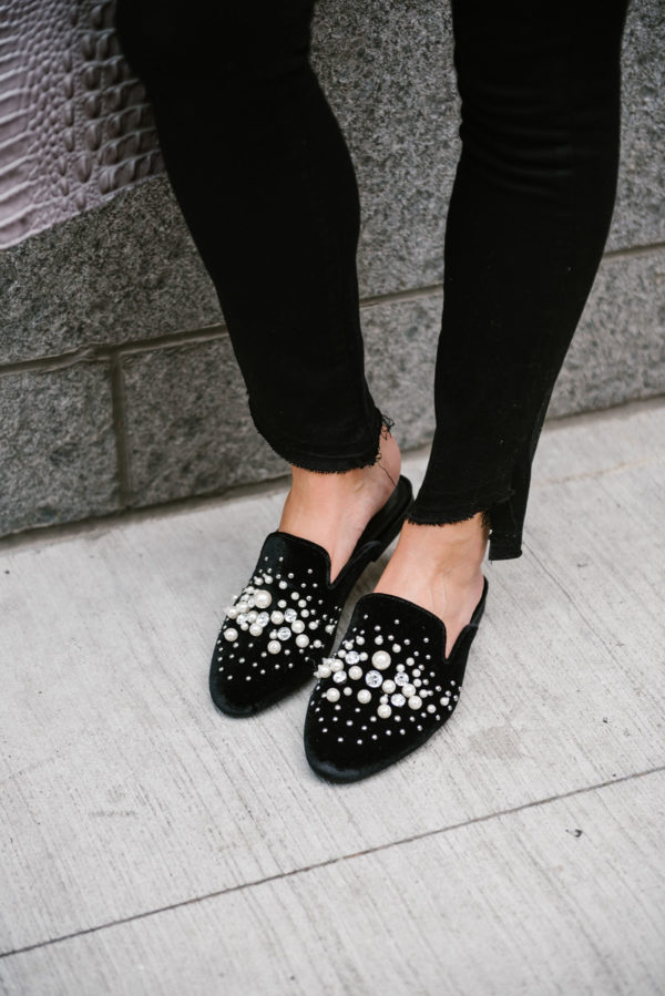 Chicago-based lifestyle and fashion blogger Bows & Sequins wearing pearl slides with black raw hem Paige jeans.