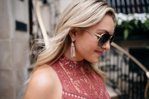 Chicago blogger Bows & Sequins wearing Gucci aviators and Baublebar rose gold earrings.