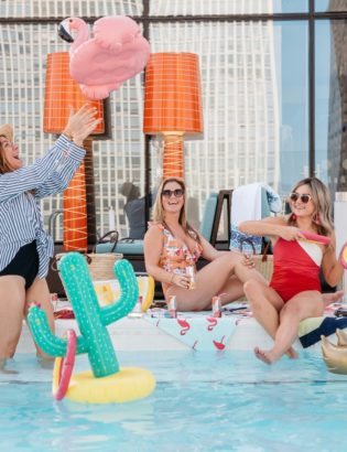 Bows & Sequins throws a pool party on a Chicago rooftop deck.