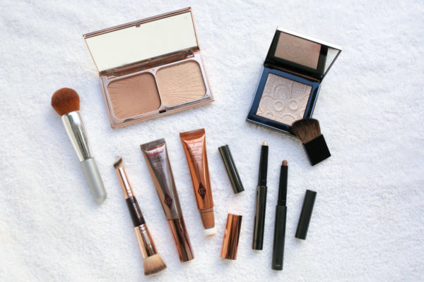 Beauty blogger Bows & Sequins shares her favorite contour products for fall.