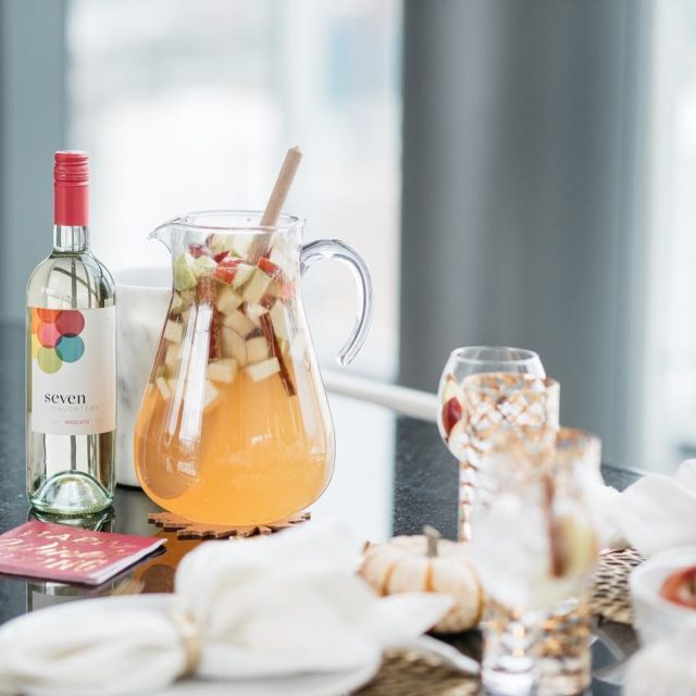 Caramel Apple Sangria is how all dinner parties should starthellip