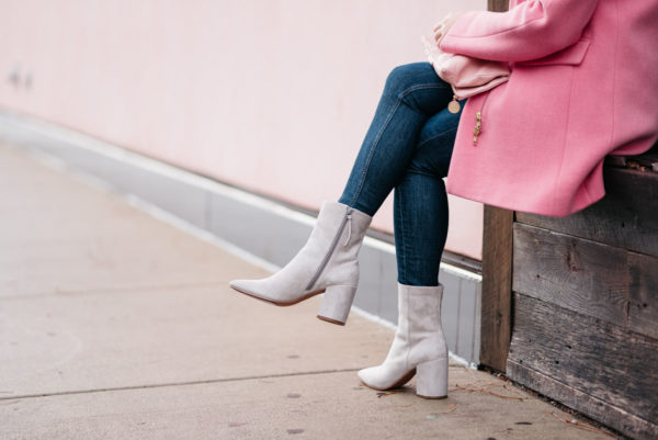 Jessica Sturdy wearing Rag & Bone skinny jeans and Linea Paolo suede ankle booties from Nordstrom.