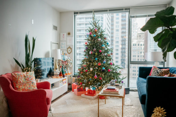 Jessica Sturdy decorates her Chicago apartment for Christmas.