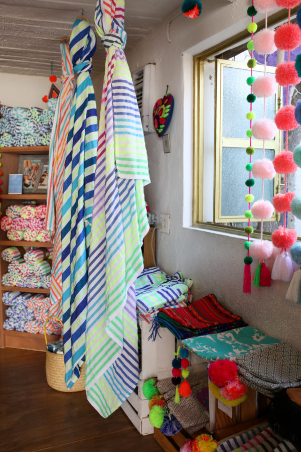 Jessica Sturdy shares photos from exploring San Jose del Cabo in Mexico. The cutest stores