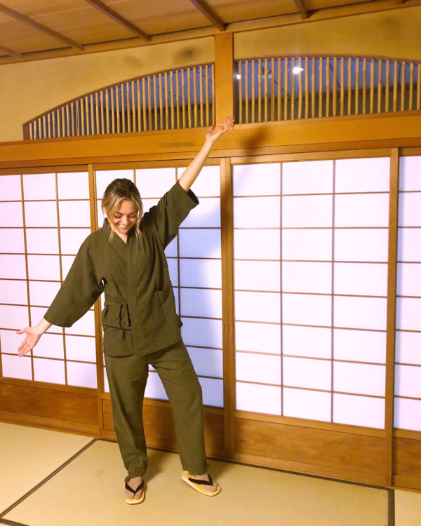 Bows & Sequins Travel Guide in Kyoto Japan. Jessica Sturdy is wearing traditional Japanese robes at Gion Hatanaka ryokan.