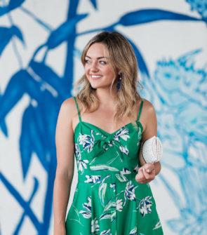 Chicago fashion and lifestyle blogger Jessica Sturdy styling a green floral dress with a tie at the bust.