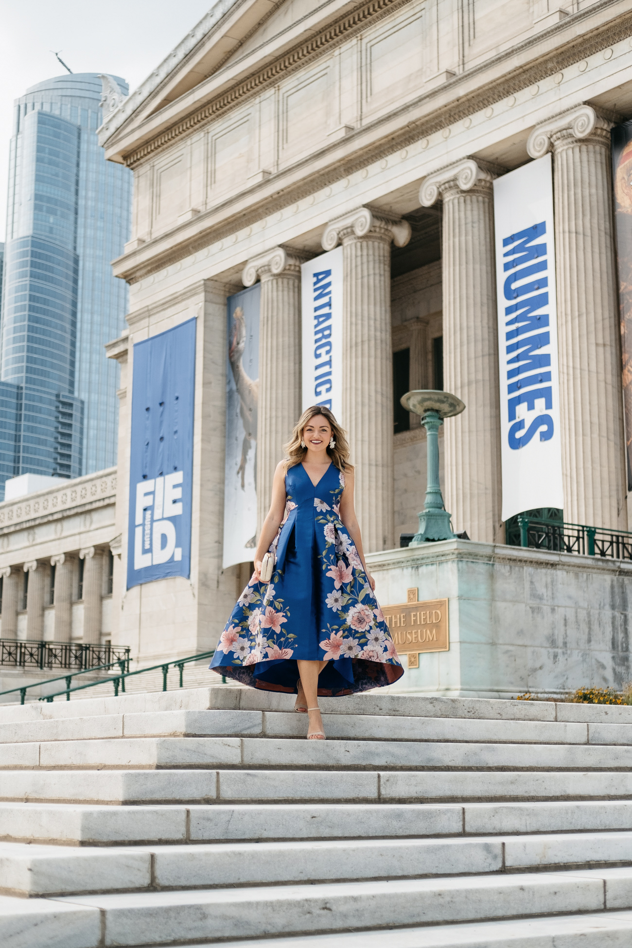 Jessica Sturdy, blogger behind the popular blog Bows & Sequins, at the field museum in Chicago for a black tie optional wedding.
